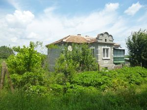 Old country house with land located 60 km from the Black sea