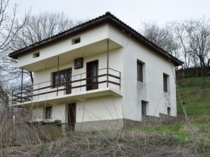 2 BED house with fantastic panoramic views, 25 km to the sea