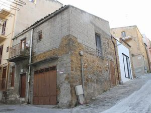 House with garage in Sicily - Casa Vittoria Vicolo Riggio