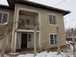 Two-storied Rural HOUSE with big yard in Klimentovo