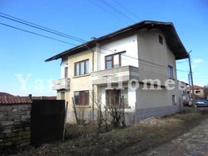 Spacious 2-storey house in a village near Strazhitsa