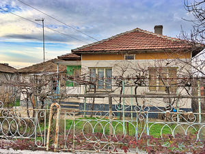 Cheap house for sale in Bulgaria, well organised village
