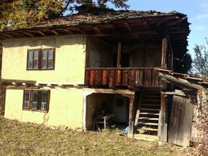village of Shumata, 15 km south from Sevlievo and 30 km wes