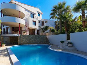Large villa close to Golf resort El Saler