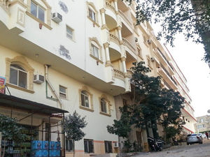 Small 1 bed in the city center