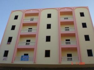 2 bedroom apartment within 5 minutes' walk from the beach