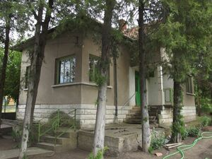 Country house with annex and big garden 30 km from Vratsa,BG