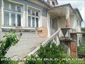 Rural house in a large village near Svilengrad, Bulgaria