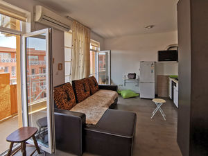 Top floor spacious studio, 39 sq.m., with large terrace