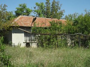Rural property with quiet location 100 km away from Sofia