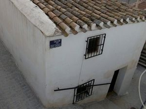 Two apartments in the heart of the old quarter. FSRN44