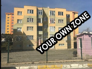 URGENT 2+1 in compound in Istanbul! 10 MINUTES FROM THE SEA