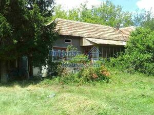 Cheap house in Pleven region with big garden peaceful & rela