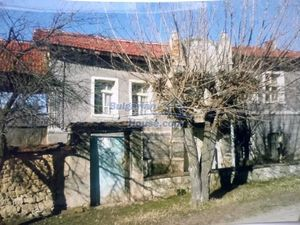 Cheap Bulgarian house for sale in a big village