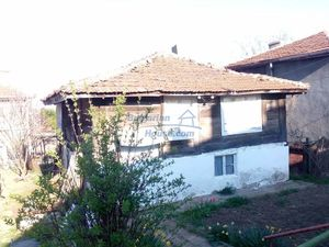 Cheap rural house for sale 30 km away from the sea