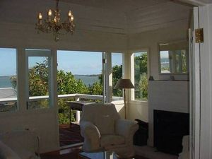 Pet Friendly seaside cottage - Great for couples, families o