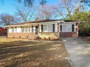 Remodeled 4 bedroom, 2 bath home in Midtown! Move in Ready!