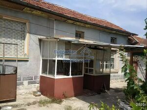 Rural Bulgarian house in good condition near Chirpan