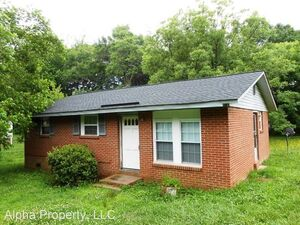 212 Campbell Ave, Greer, SC 29651
