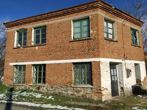 Massive two-storey house with a cafe in Malko Sharkovo