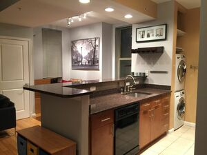 Beautiful 3 bed 1 bath apartment for rent in Washington