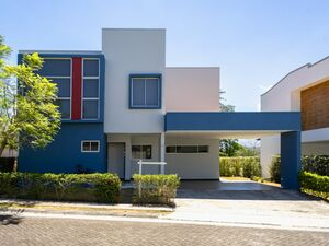FOR RENT- Modern House in Condo