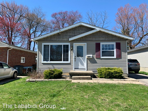 Beautiful 3 beds 1 bath house for rent in Akron