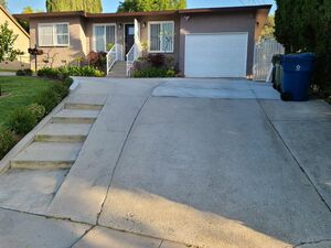 Adorable 3 bed 2 baths house for rent in Alhambra