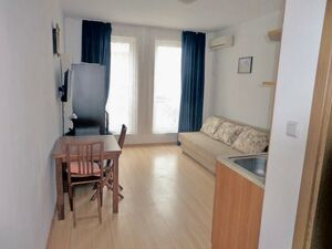 Priced for QUICK SALE – furnished Studio in Sunny Day 6