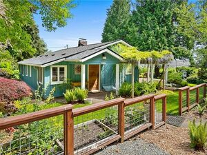 Beautiful 3 bed 1 bath house for rent in Seattle