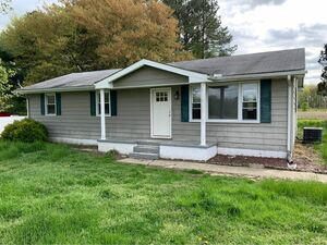 Beautiful 3 beds 1 bath house for rent in Dover