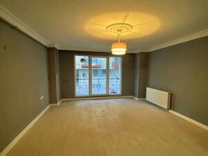 SPACIOUS FLAT IN ISTANBUL FOR SELL1+1یک خواب
