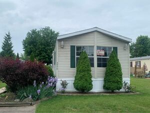 Beautiful 2 bed 2 bath house for sale in Clay