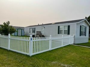 Lovely 2 bed 1 bath mobile home for sale in Romulus