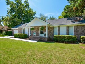 Beautiful 3 beds 2 baths house for rent in James Island