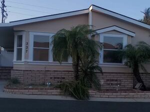 Beautiful 3 beds 2 baths house for rent in Compton