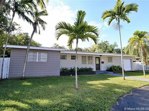 Awesome 3 bed 2 bath house for rent in South Miami
