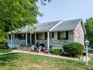 Lovely 2 bed 1 bath home for rent in Kansas City