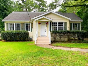 Beautiful 3 beds 1 baths house for rent in Hattiesburg