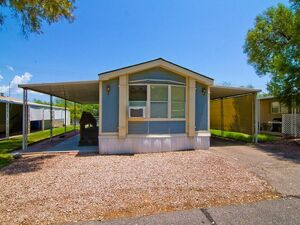 Great 2 bed 2 baths house for sale in Tucson