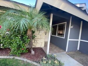 Beautiful 3 beds 2 baths pool home for rent in Upland