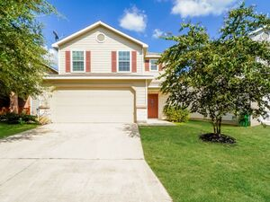 This Lovely 3 bedroom, 2 bathroom home For Rent