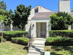 Amazing 2 beds 2 baths house for rent in Irvine