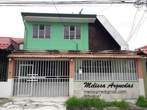 Rent of SPACIOUS house with excellent location, Tepeyac