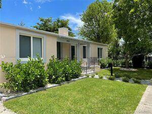 Beautiful 3 beds 1 baths house for rent in Miami