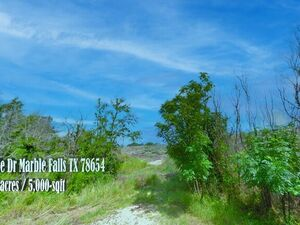 Gorgeous Hill Country Lot 0.1 Miles from Lake LBJ
