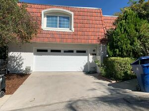 Beautiful 3 beds 3 baths house for rent in Woodland Hills