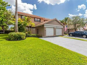 Beautiful 3 beds 2 baths house for rent in , Miami, FL