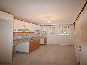 2 BEDROOMS APARTMENT IN CHEAP PRICE