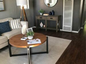 Beautiful 2 beds 1 baths house for rent in South Gate
